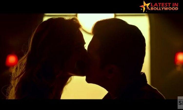 "Salman Khan Kisses Disha Patani and Break 33 Year ""No Lip Lock Policy""?"