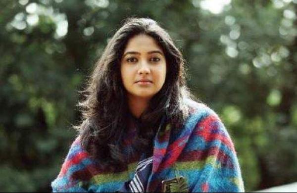 Karthika Muralitharan 01