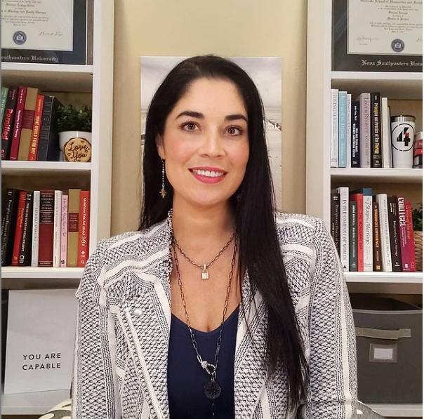 Dr Viviana Coles Age